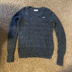 Hollister gray with white speckled sweater size XS